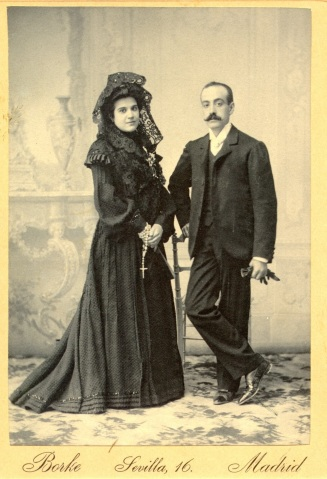 1903-04-28_boda de Manuel e Ignacia small.jpg